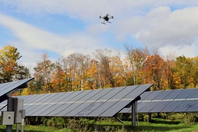Smart Drones were produced for the maintenance of solar energy fields